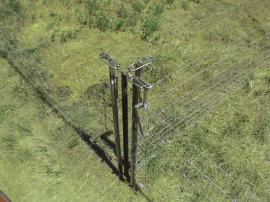 Barrière à levier 1,20m en acier galavanisé. Pré-perçage 5 trous pour ronçe, grillage mouton ou fil lisse.