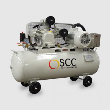 Compresseur à piston lubrifiés à l'huile P-2-12-105-230