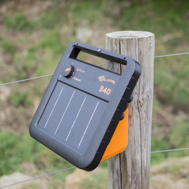 Electrificateur solaire avec batterie Modèle S40 avec batterie (6V - 0,4J)