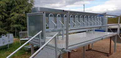 Stade de traite / salle de traite - 6 places avec installation de traite 6 groupes