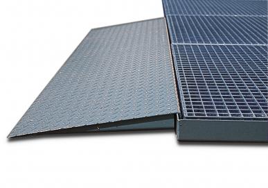 Element de liaison en acier pour plateformes, galvanisé